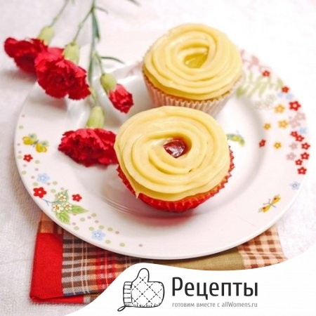 1382346348_44-lemon-cupcakes-with-pastry-cream-and-raspberry-curd-3