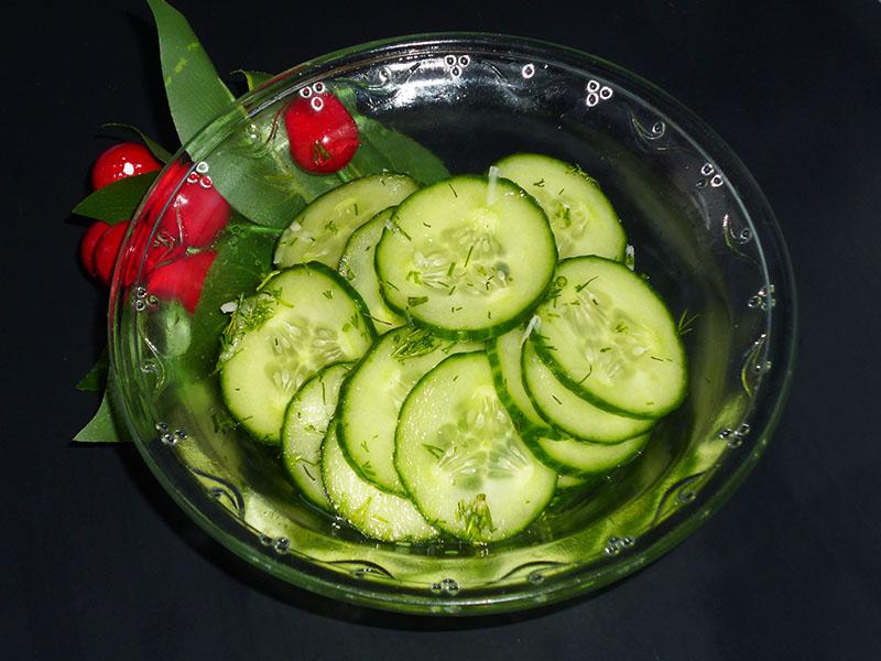 Рецепты салатов из малосольных огурцов