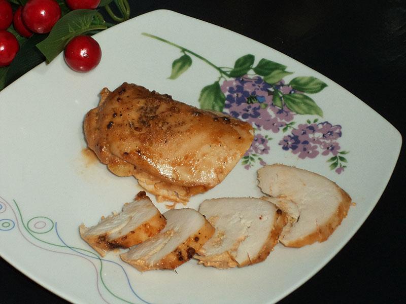 Ароматная запеченная курица в горчичном маринаде